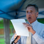 Gov. Peter Shumlin announces the winners of our Great New England Bread Baking Competion