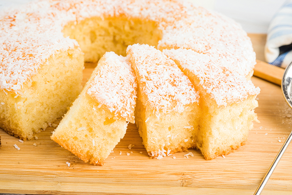 The Great New England Bundt Cake Baking Competition - Strolling of